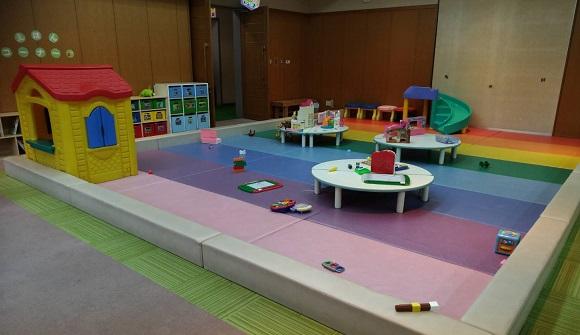 壬生町おもちゃ博物館遊び場入り口おもちゃの部屋1階