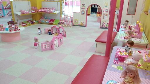 軽井沢おもちゃ王国メルちゃん人形