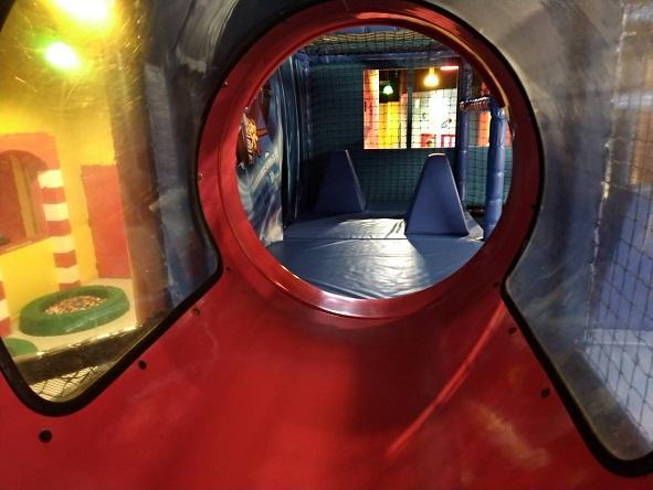 レゴランドアスレチック内トンネル