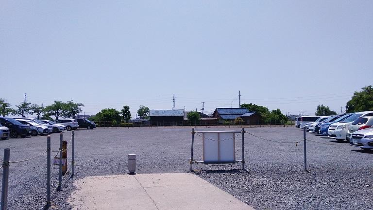 伊佐沼公園駐車場