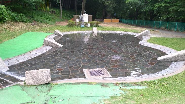 埼玉県北本市子供公園じゃぶじゃぶ池