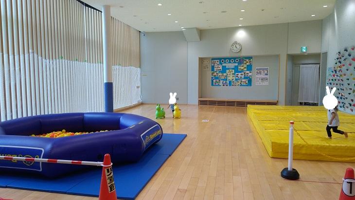 北本市立児童館体育遊戯室