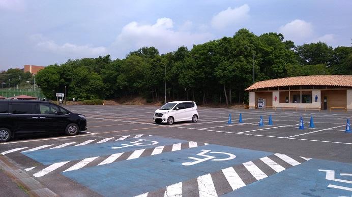 駐車場埼玉県こども動物自然公園