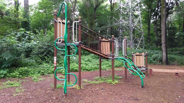 智光山公園アスレチック遊具