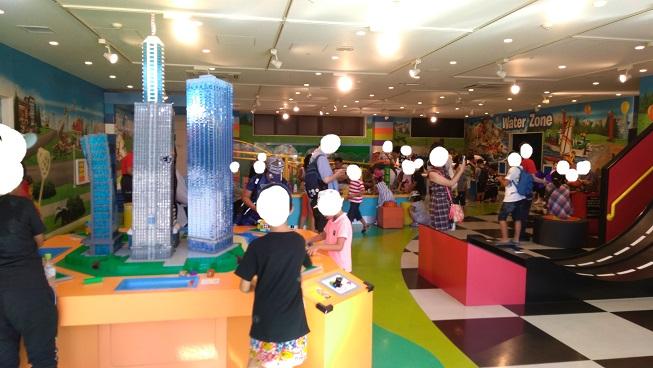 レゴの遊び場