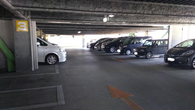 ピュアキッズサイオス入間駐車場