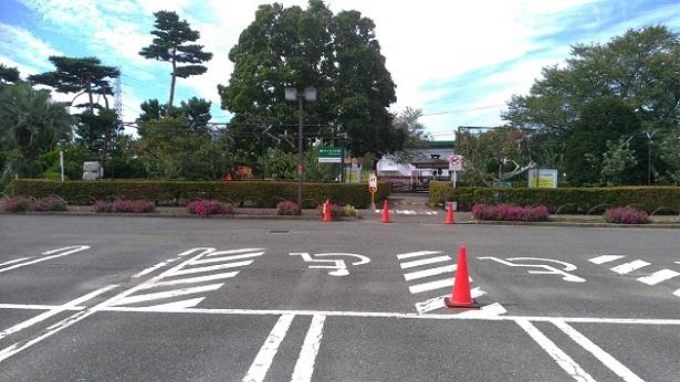 サイボクの駐車場