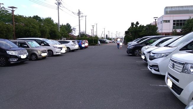 上尾市児童館こどもの城駐車場