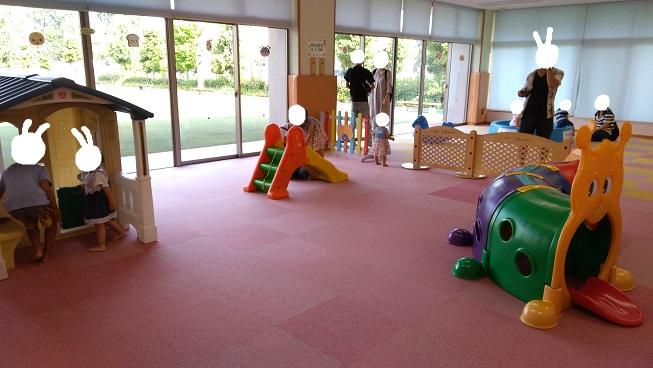 赤ちゃん専用遊び場コーナー
