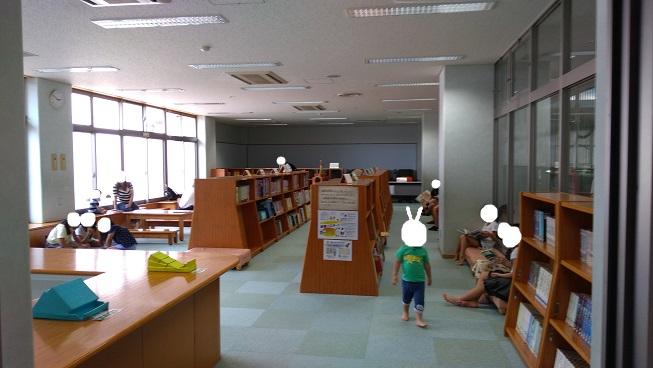2階図書室コーナー