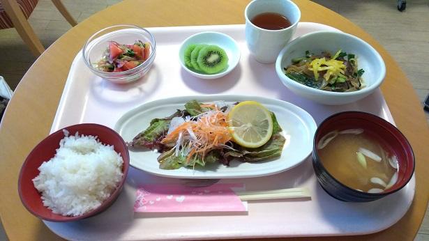 奥平産婦人科食事メニュー昼