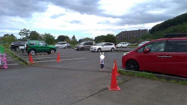 阿須運動公園駐車場