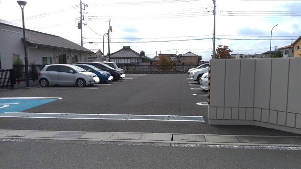 東松山マーレ駐車場
