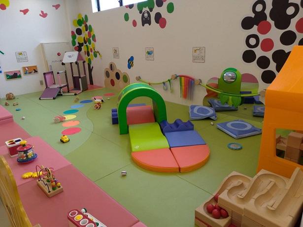 赤ちゃん向け専用遊び場コーナー