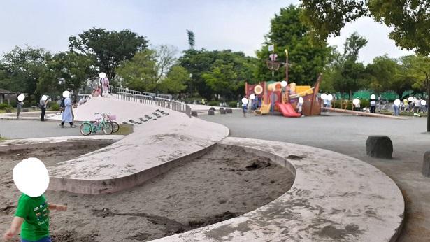 コンクリート滑り台
